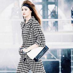 March Gigi Hadid walking for Chanel During Paris fashion week. Photo by Harrison Tsui Hadid News, Chanel, Gigi Hadid, Style Me, Spring Summer, Chic, Pants, How To Wear, Walking