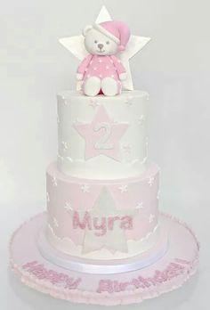 Teddy bears star cake