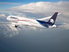 AeroMéxico Boeing 787-8 Dreamliner N961AM, the first one of the type for this airline. (Image: Boeing / AeroMéxico)