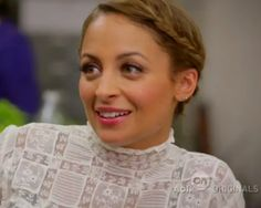 Nicole Richie - lover her makeup and braid