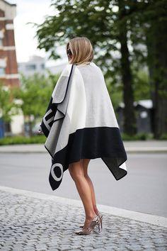 Hope poncho / Fashion / Blog / Style / Elen Kristvik