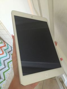 Apple iPad mini Wifi 16gb New Screen (as Is)
