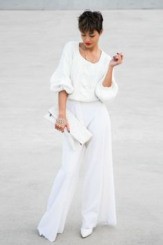Cool 45 Inspiring Winter White Pants Outfit Ideas. More at https://wear4trend.com/2018/01/12/45-inspiring-winter-white-pants-outfit-ideas/