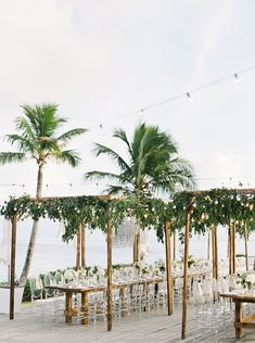 Beach Wedding Reception at The Cove Eleuthera Bahamas - Destination Hochzeit Long Wedding Reception Tables, Tropical Wedding Reception, Tropical Weddings, Church Wedding, Wedding Ceremony, Beach Wedding Decorations, Unique Wedding Favors, Wedding Souvenir, Perfect Wedding