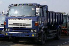 Nissan UD Trucks says Sayonara to the U. Nissan Diesel Truck, Nissan Trucks, Diesel Trucks, Track Bus, Cab Over, Classic Trucks, Cool Trucks, Cars And Motorcycles, Marketing