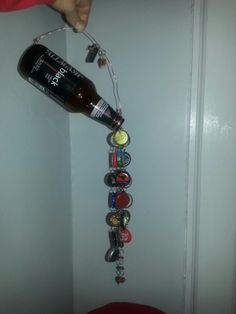Bottle cap wind chime Yeah I gotta steal this idea! Beer Cap Art, Beer Bottle Caps, Bottle Cap Art, Bottle Top Crafts, Bottle Cap Projects, Beer Cap Crafts, Cork Crafts, Diy Wind Chimes, Recycled Crafts