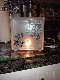 Frosted glass block with vinyl phrase on family and blue birds. This block comes with a night light bulb. The glass block has pebble glass feet. Painted Glass Blocks, Decorative Glass Blocks, Lighted Glass Blocks, Glass Cube, Glass Boxes, Vinyl Crafts, Vinyl Projects, Vinyl Art, Wood Crafts