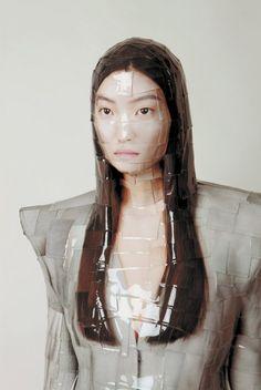 Gwon-Osang11- tape sculpture