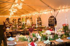 Moore & Co Feature || June Bug Weddings || JuneBugWeddings.com/Wedding-Blog || Snuggle Up and Enjoy This Winter Wedding at Gunpowder Falls State Park