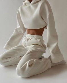 Follow our Pinterest Zaza_muse for more similar pictures :) Instagram: @zaza.muse | Style inspiration. Women's fashion. Loungewear and sweat set.