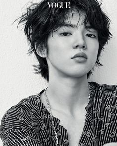 Cha Jun Hwan, you are a STUNNER.❤️ so proud to see his artistry evolving this season. Vogue Korea, Vogue Spain, High Fashion Photography, Editorial Photography, Lifestyle Photography, Ice Skating, Figure Skating, Love On Ice, Aesthetic Boy