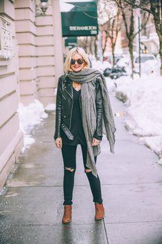 Barefoot Blonde Amber wearing Nine West Booties