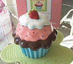 cookies in cupcakes!