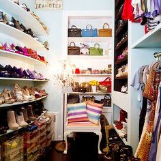 Curved Shoe Shelves