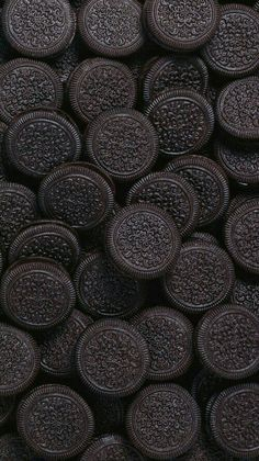 Chocolate sandwich cookies, or Oreo look alike, wallpaper background lock screen for android cellphone iPhone Handy Wallpaper, 4k Wallpaper For Mobile, Wallpapers For Mobile Phones, Wallpaper For Your Phone, Cellphone Wallpaper, Screen Wallpaper, Pattern Wallpaper, Office Wallpaper, Travel Wallpaper