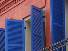 Solutions that increase your home's privacy/ Solutii care asigura intimitatea caminului >> Shutters/ Obloane Shutters Brick House, Metal Shutters, Plastic Shutters, Outdoor Shutters, Louvered Shutters, Interior Window Shutters, Blue Shutters, Exterior Trim, Exterior Paint