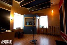 8 Lindaro Studio Color Scheme Ideas Studio Recording Studio Studio Living