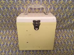 Vintage 1960s White Canary Yellow Metal record storage box 45 Platter Pak lp vinyl carrier case tote