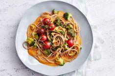 Volkorenspaghetti met amandelpesto en broccoli Lekker en eenvoudig