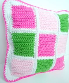 Patchwork Quilt Throw Pillow... simple and cute ... ...  #inspiration_crochet_diy GB