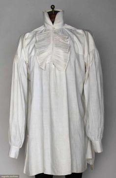 Man's White Linen Shirt, America, C. 1800, Augusta Auctions, November 13, 2013 - NYC, Lot 180