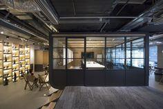 Leo Burnett - Hong Kong Offices - Office Snapshots
