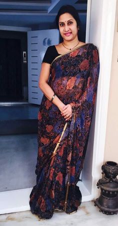 Discover thousands of images about Real Hot Aunty Madhuri Atluri Aunty Desi Hot, Aunty In Saree, Girl Number For Friendship, Simple Sarees, Kids Frocks, Casual Saree, Babydoll Lingerie, Indian Designer Wear, India Beauty