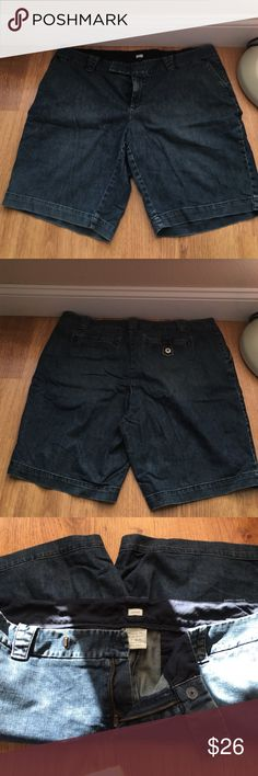 Old Navy Bermuda Shorts Worn maybe once! Perfect condition! Stretchy and awesome and perfect for summer!! Old Navy Shorts Bermudas