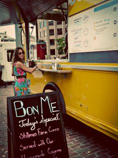 @Jasmine Holzenthal at the Boston Bon Me Food Truck!