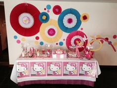 Mesa fiesta Hello Kitty Viole!