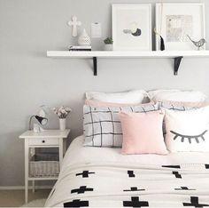 Gorgeous bright bedroom.