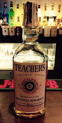 TEACHERS / Old Whisky Bottle