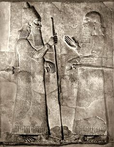 722-705 BC ruled, Assyrian king Sargon II and-soldier-o.jpg