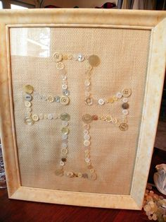 Southern Traditions Boutique: Create your very own Button Art ~ Cross