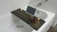 Guaranteed Perfect Fit Bathtub Wine Caddy
