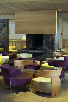 Le salon à la cheminée, Hôtel du Golf, Les Arcs 1800 #InteriorDesign #Ski