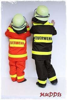 """""""Ich werde Feuerwehrmann!""""     Da waren die Jungs sich einig als es um die Frage nach der Verkleidung an Karneval ging. Allerdings wollte d..."""