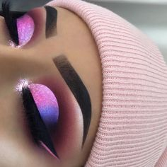 Gorgeous Makeup: Tips and Tricks With Eye Makeup and Eyeshadow – Makeup Design Ideas Cute Makeup Looks, Makeup Eye Looks, Eye Makeup Art, Colorful Eye Makeup, Beautiful Eye Makeup, Crazy Makeup, Eyeshadow Makeup, Eyeshadows, Eyeshadow Tips