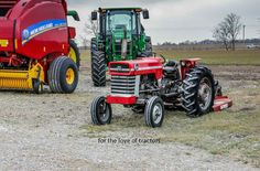 Notice how the Massey's out the front and the JD is at the back?