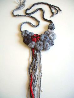 Necklace out of yarn