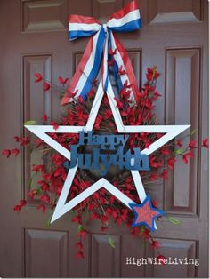 Love this Fourth of July wreath....