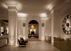 Public Hotel Chicago  Low-cost luxury in a renovated Chicago landmark
