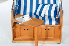 Großer abnehmbarer Seitentisch Palette, Toddler Bed, Furniture, Home Decor, Beach Tops, Drinking Coffee, Lounge Furniture, Newspaper, Tables