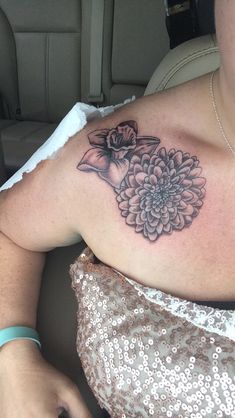 Daffodil tattoo chrysanthemum tattoo November birth flower march birth flower shoulder tattoo