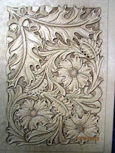 Beautiful combination of flower, lvine and oak leaves Leather Stamps, Leather Art, Custom Leather, Leather Design, Leather Tooling, Tooled Leather, Handmade Leather, Leather Jewelry, Leather Craft Tools