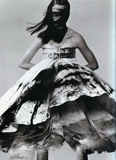 Hannelore Knuts. Vogue Italia, May 1999.  #McQueen