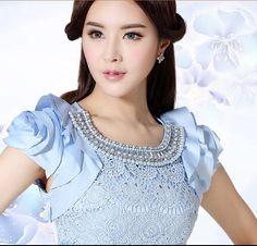 Vestidos de coctel azul rey pumaloy