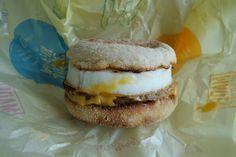 Sausage McMuffin with Egg 2014.05.29 made by a skilled clue