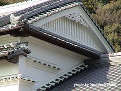 Shikkui Used on the outer walls of old Japanese buildings