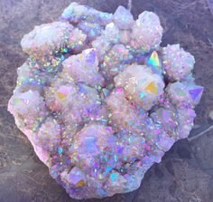 All about phantom quartz crystals, which are crystals with another crystal(s) inside. It's metaphysical properties or meaning is described. Minerals And Gemstones, Rocks And Minerals, Crystal Aesthetic, Phantom Quartz, Crystal Magic, Crystal Healing, Beautiful Rocks, Mineral Stone, Rocks And Gems